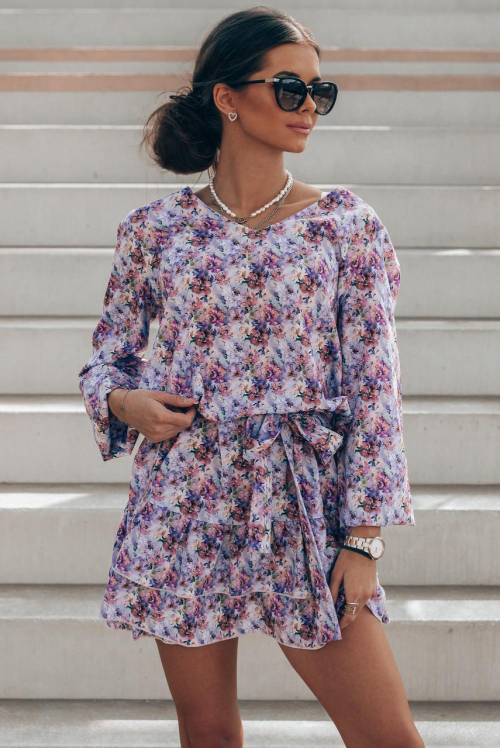 Lawendowa pastelowa sukienka rozkloszowana z falbankami V-Neck Susana 1