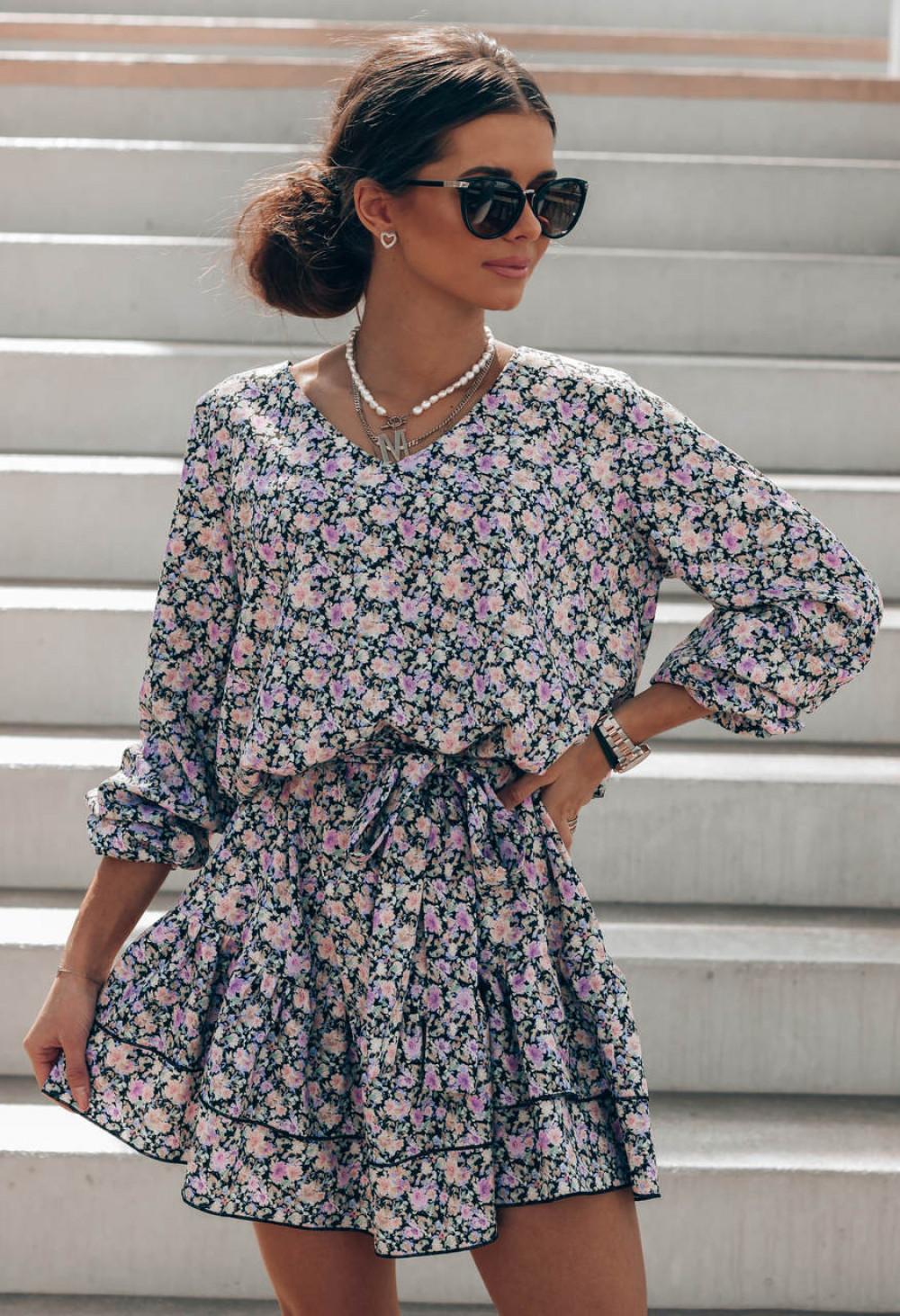Czarno-różowa sukienka rozkloszowana z falbankami V-Neck Susana 1