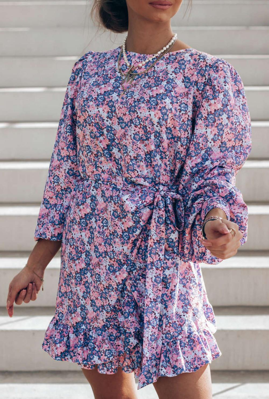Fioletowo-różowa sukienka rozkloszowana z bufiastymi rękawami Chica 2