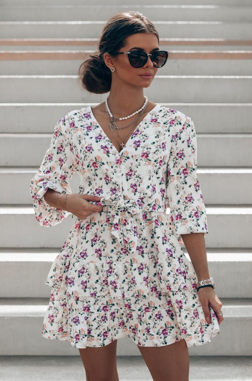 Beżowo-fioletowa sukienka kwiatowa rozkloszowana z falbankami Abella 1