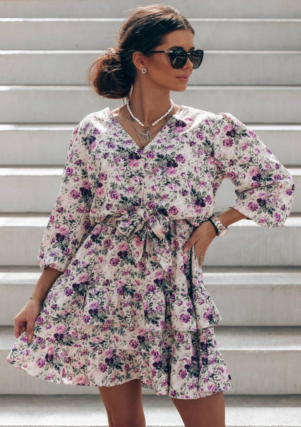 Fioletowa sukienka kwiatowa rozkloszowana z falbankami Abella 1