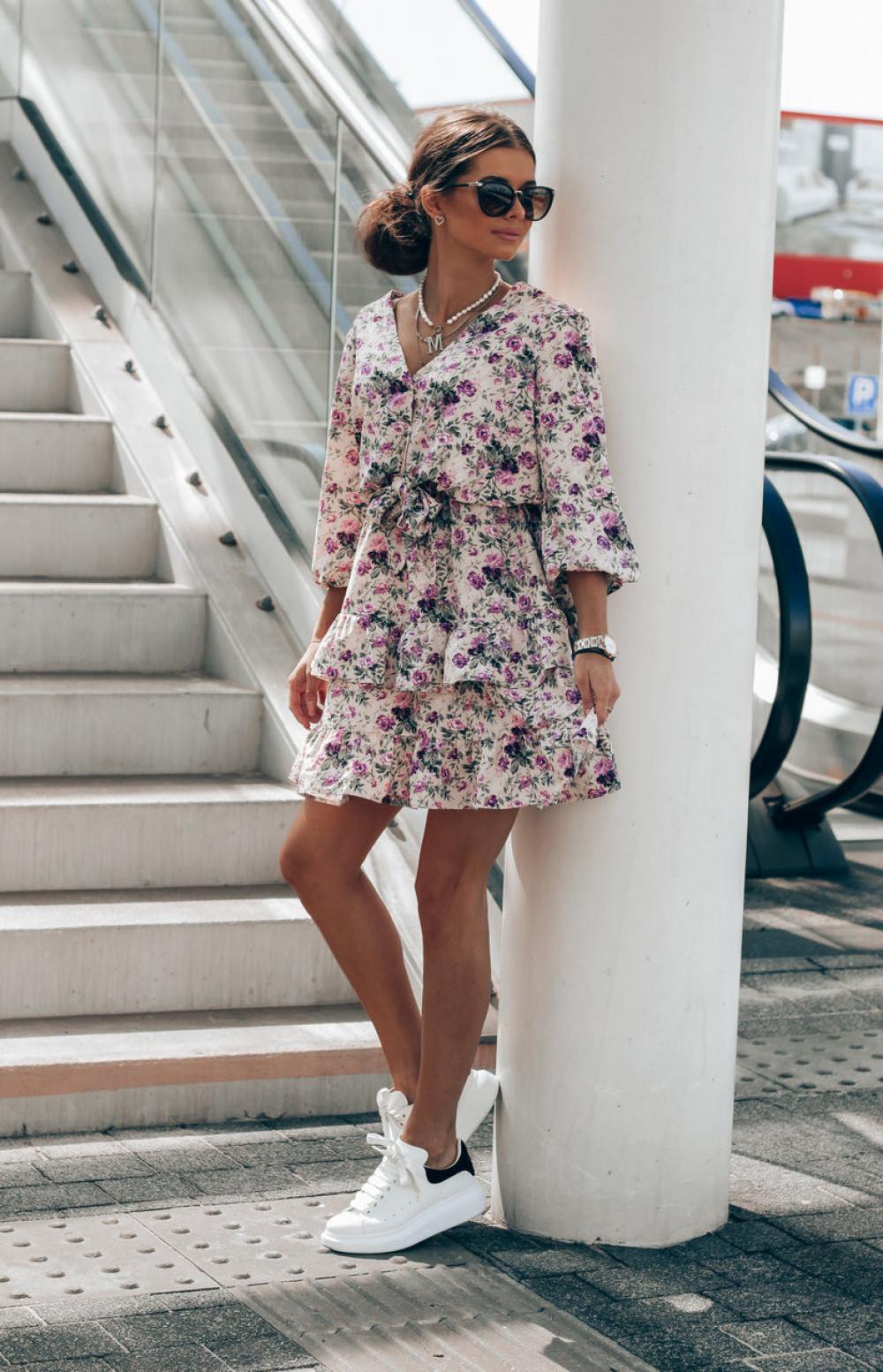 Fioletowa sukienka kwiatowa rozkloszowana z falbankami Abella 2
