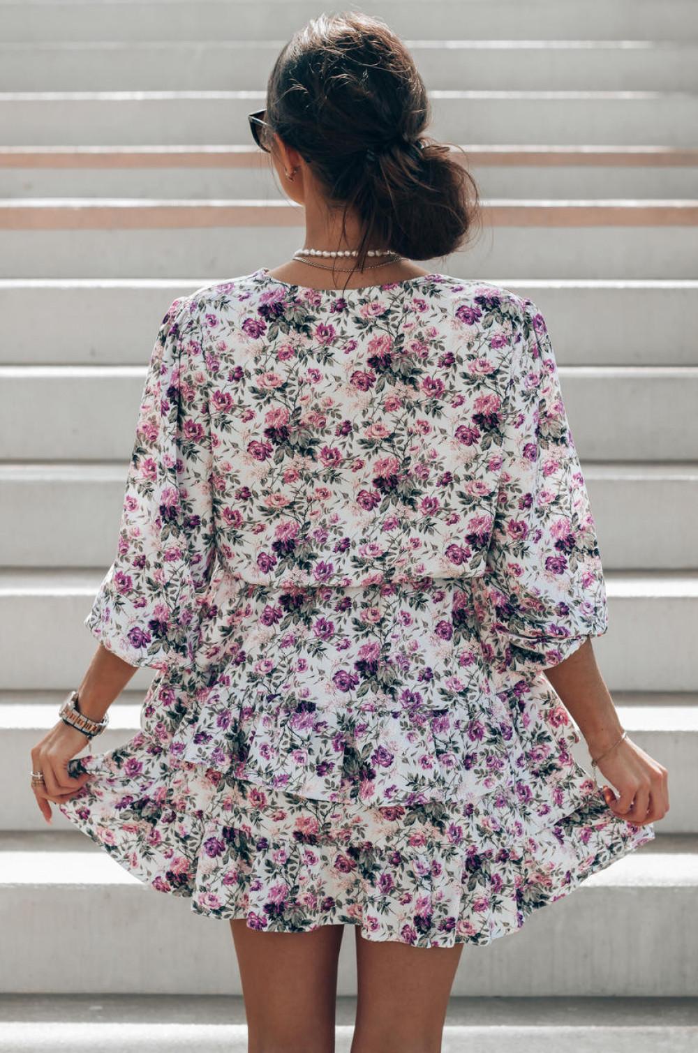 Fioletowo-zielona sukienka kwiatowa rozkloszowana z falbankami Abella 4