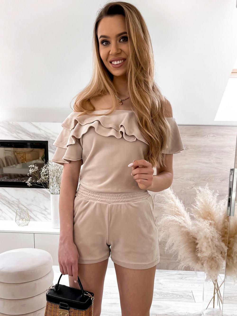 Beżowy krótki komplet damski hiszpanka z szortami Clarisa 1