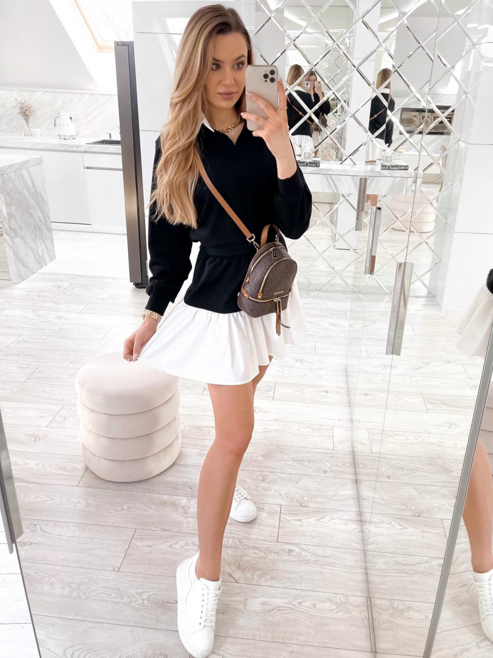 Czarny zestaw spódniczki i bluzy Dulce 1