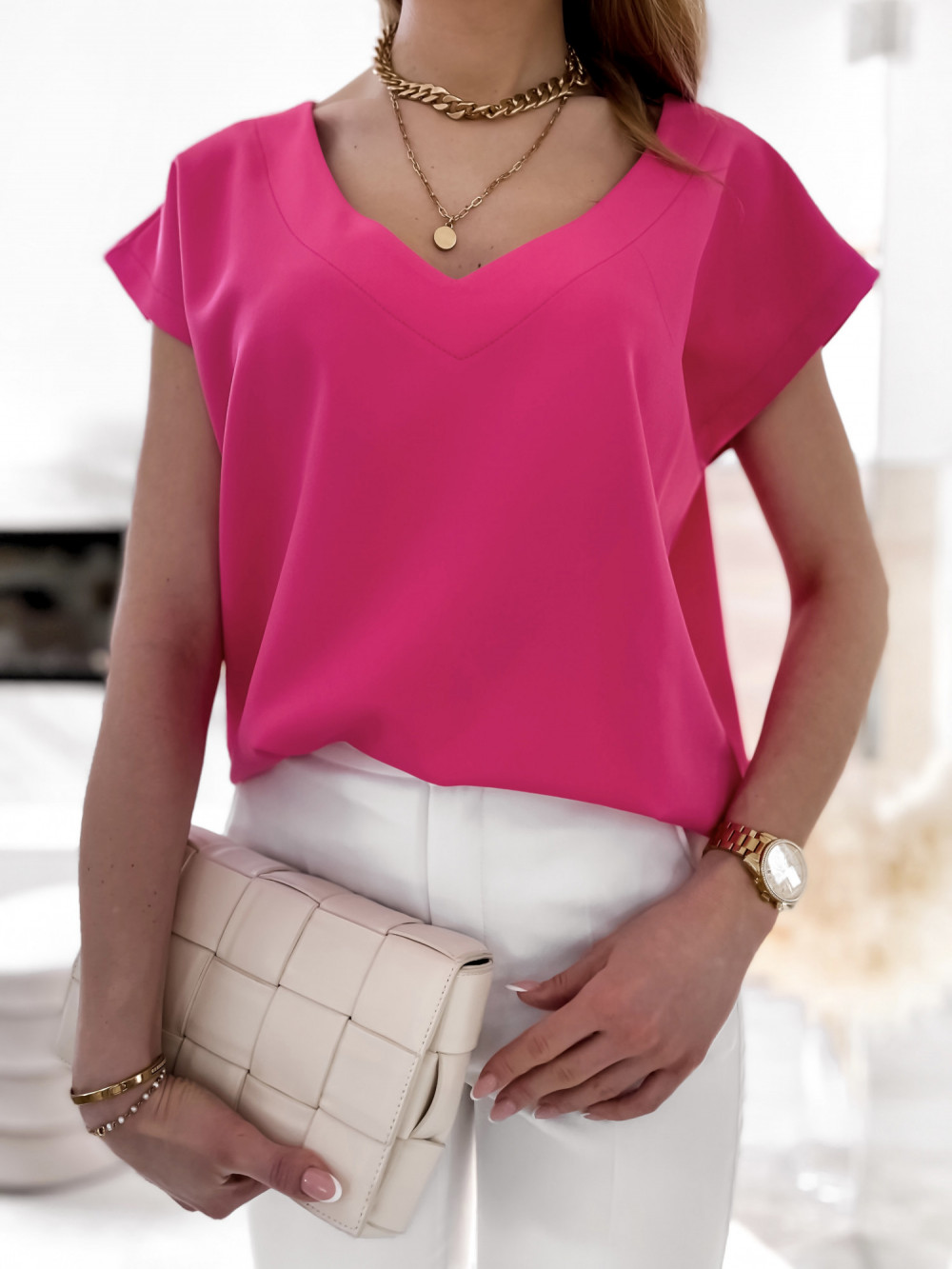 Różowa elegancka bluzka V-Neck Clara 3