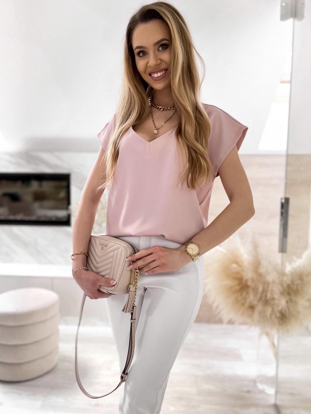 Pudrowo różowa elegancka bluzka V-Neck Clara 1