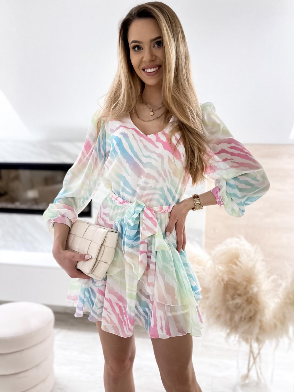 Pastelowa panterkowa sukienka szyfonowa rozkloszowana Virgo 1
