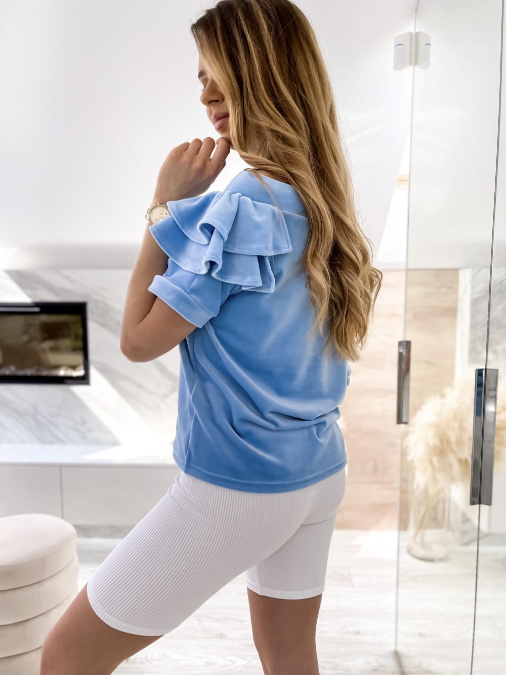 Jasnoniebieska welurowa bluzka z falbankami i krótkim rękawem Wendy 8
