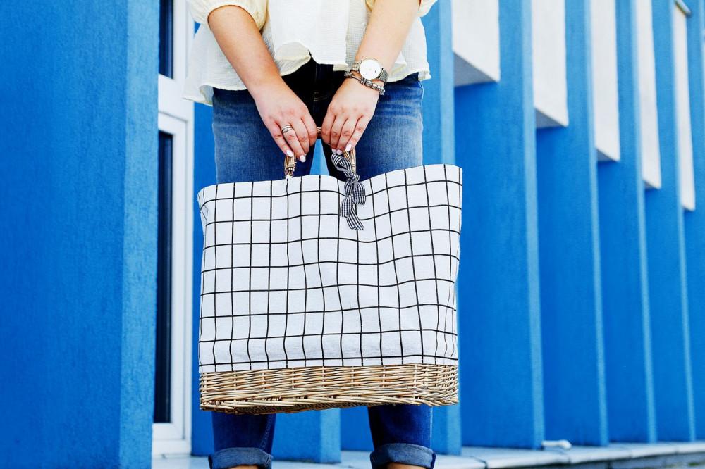 Beżowa torebka damska wiklinowa w kratkę shopper Aperto 3