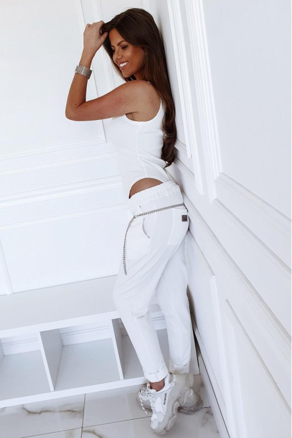 Kremowe dopasowane spodnie dresowe Océane 3