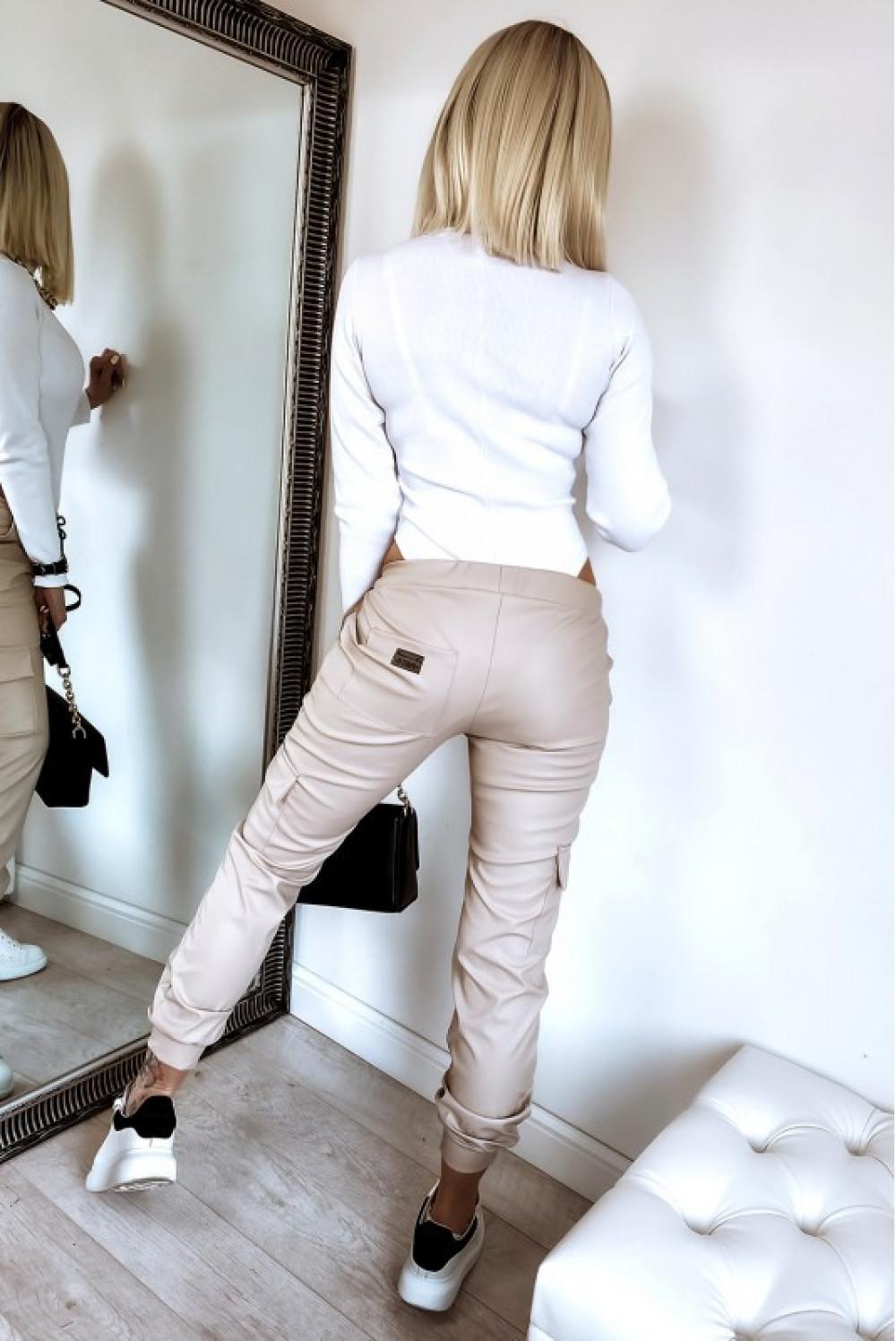 Beżowe skórzane spodnie bojówki Odette 4