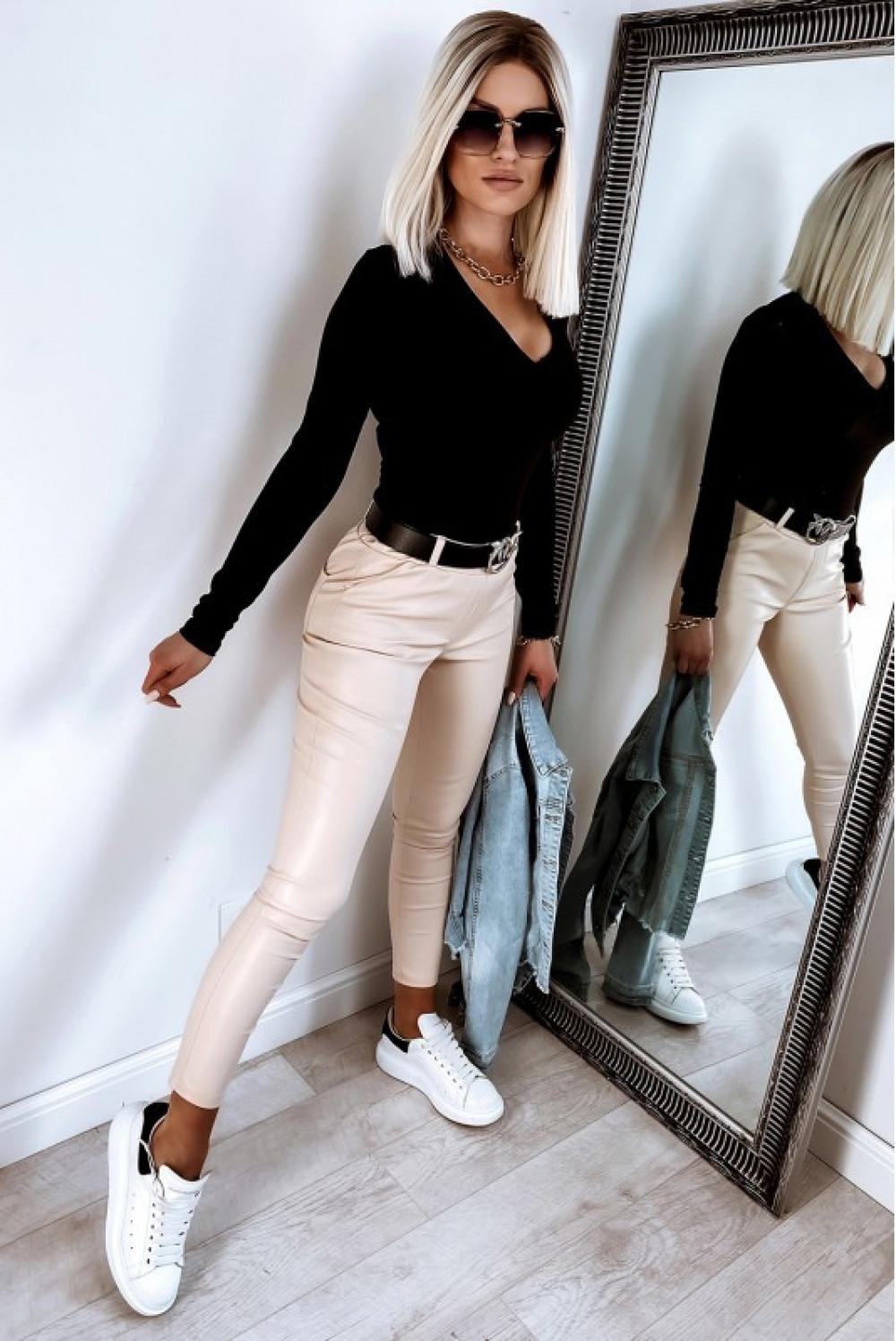 Beżowe dopasowane woskowane spodnie Séphora 3