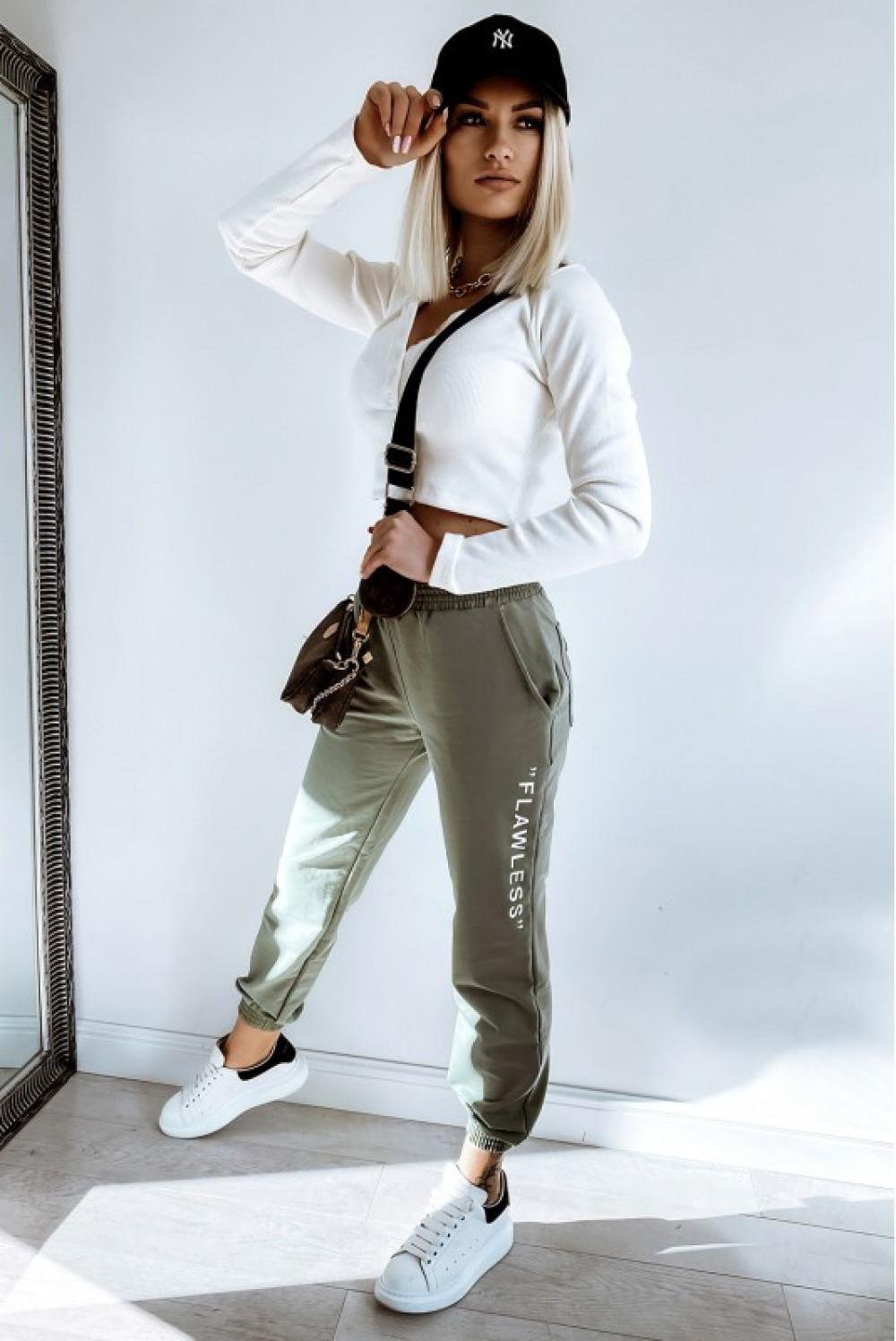 Khaki spodnie dresowe oversize Flawless 2