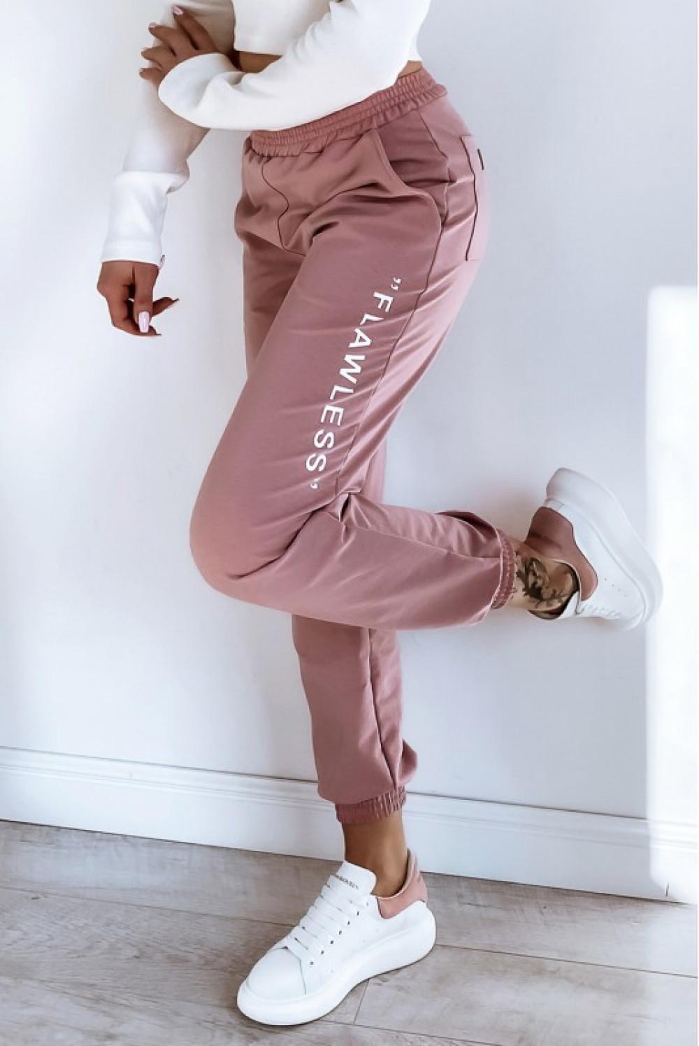Różowe spodnie dresowe oversize Flawless 1