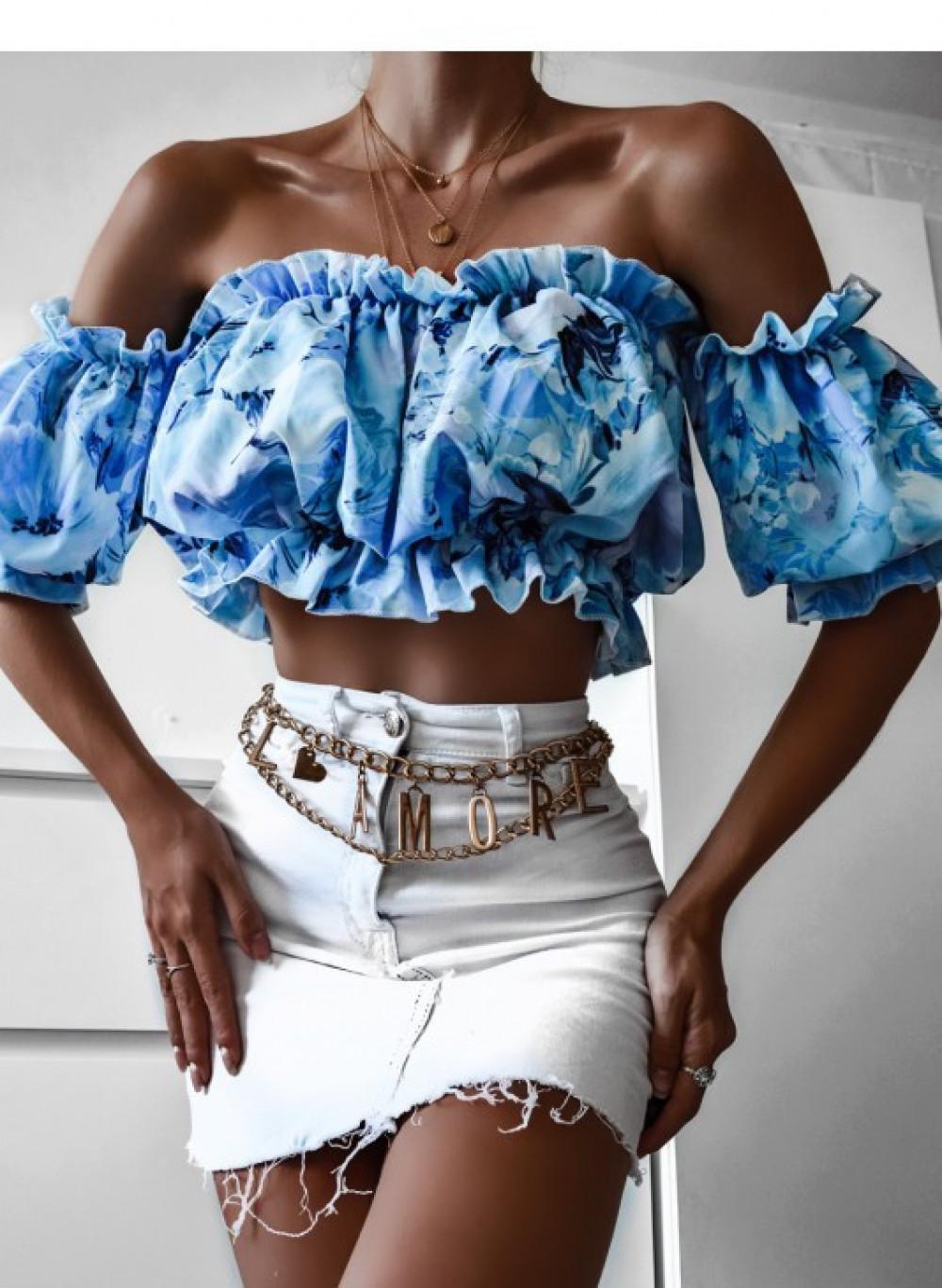 Niebieski kwiatowy crop top hiszpanka Adèle 2