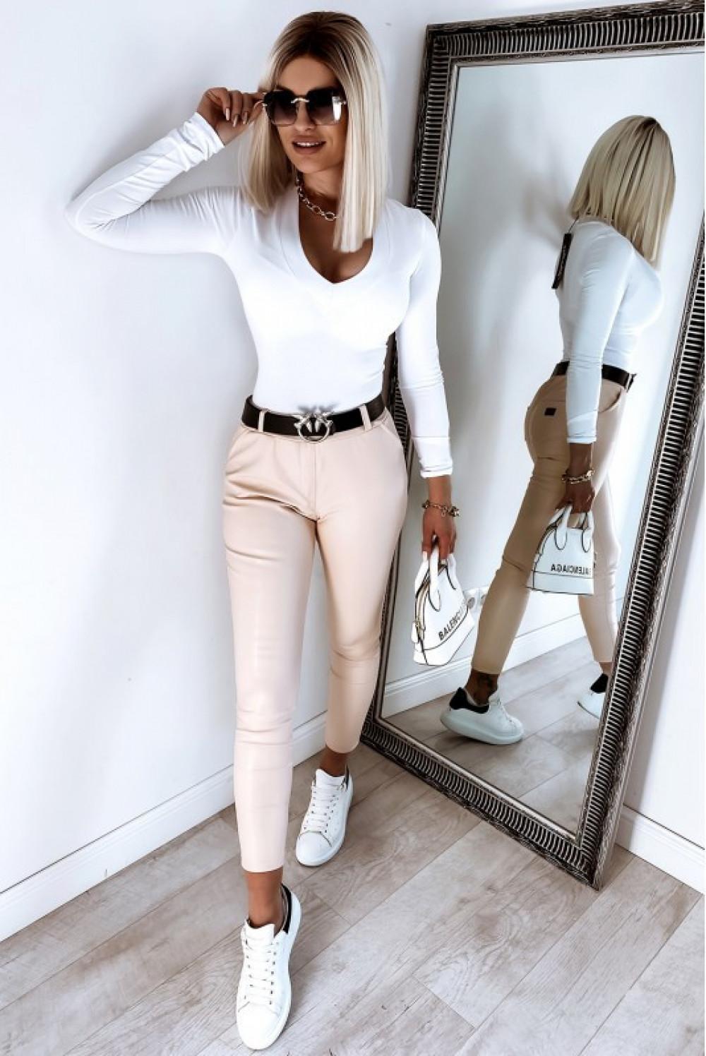 Biała bluzka z długim rękawem V-Neck Valentine 4