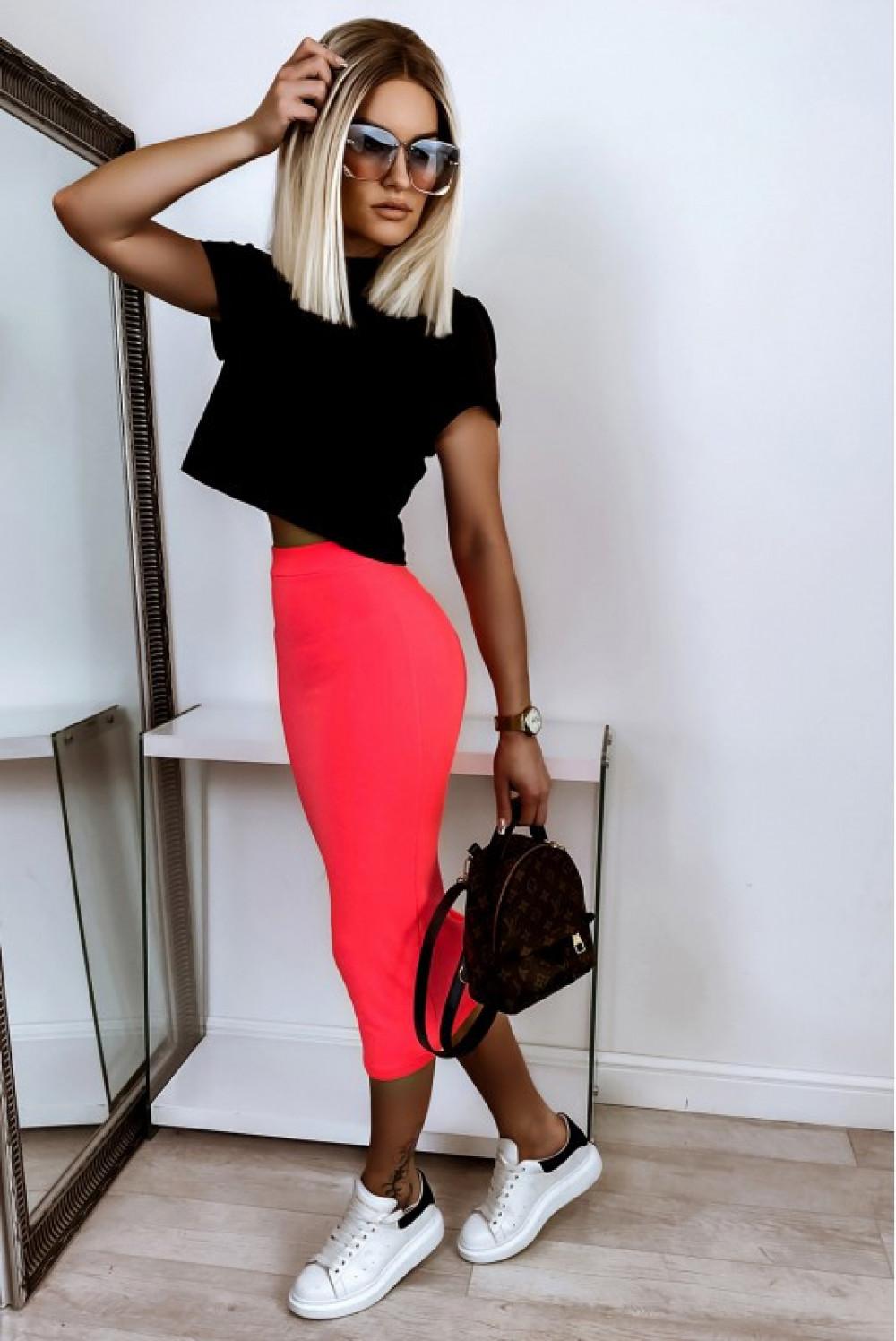 Neonowo różowa ołówkowa dopasowana spódnica midi Alix 2