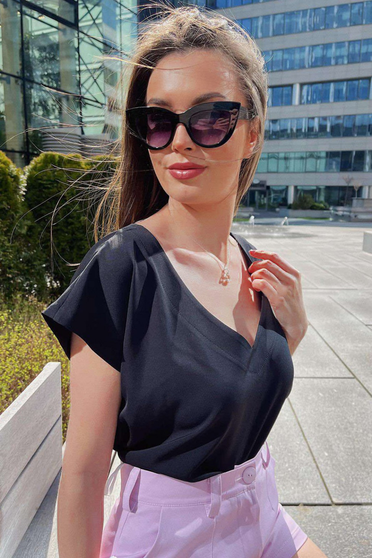 Czarna elegancka bluzka V-Neck Clara 1