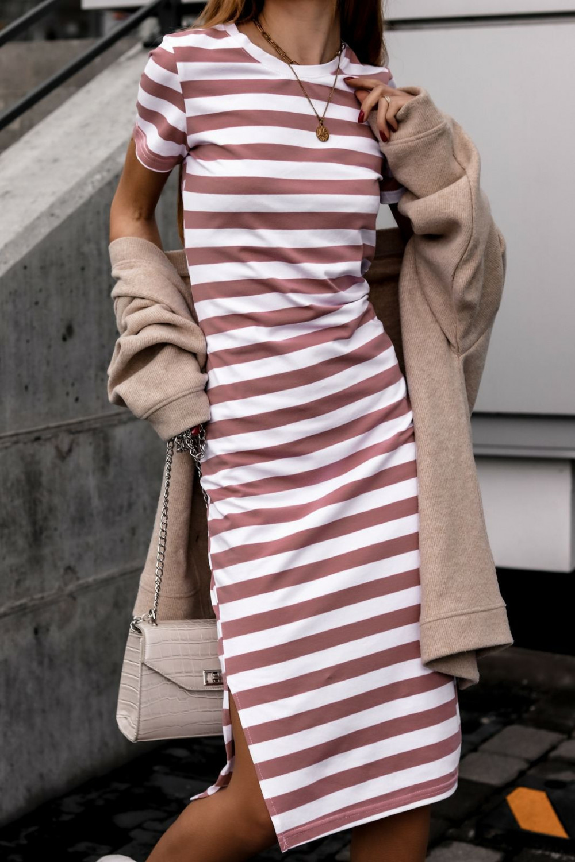 Biało-różowa sukienka w paski midi Joanne 1