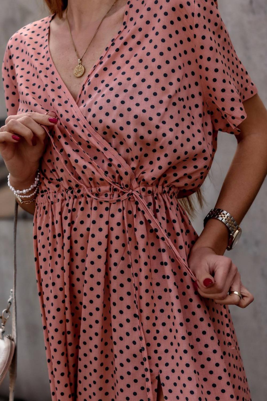Brudno różowa sukienka w kropki maxi Anna 2