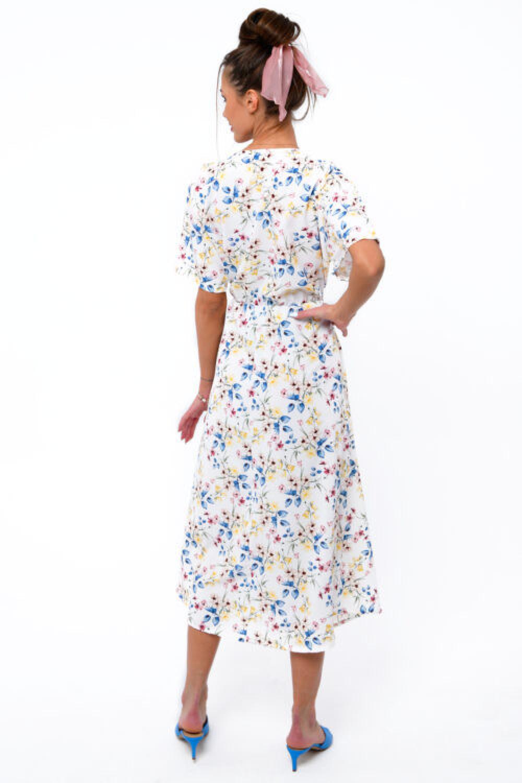 Biała kwiatowa sukienka midi V-Neck Alice 4