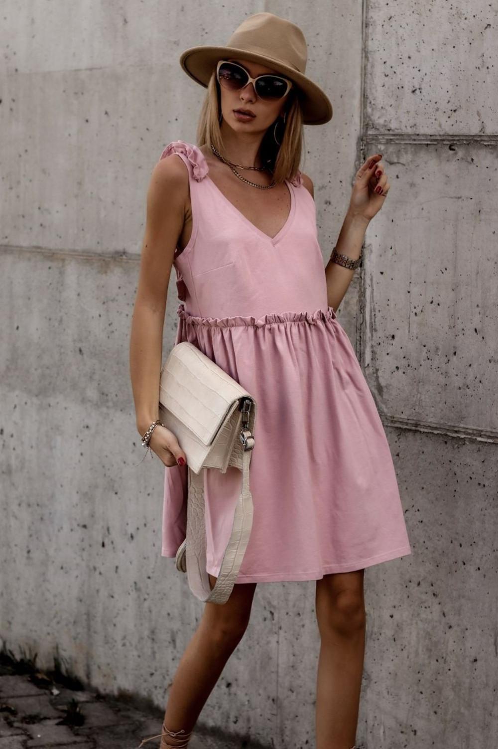Różowa sukienka na ramiączkach z falbankami V-Neck Lara 1