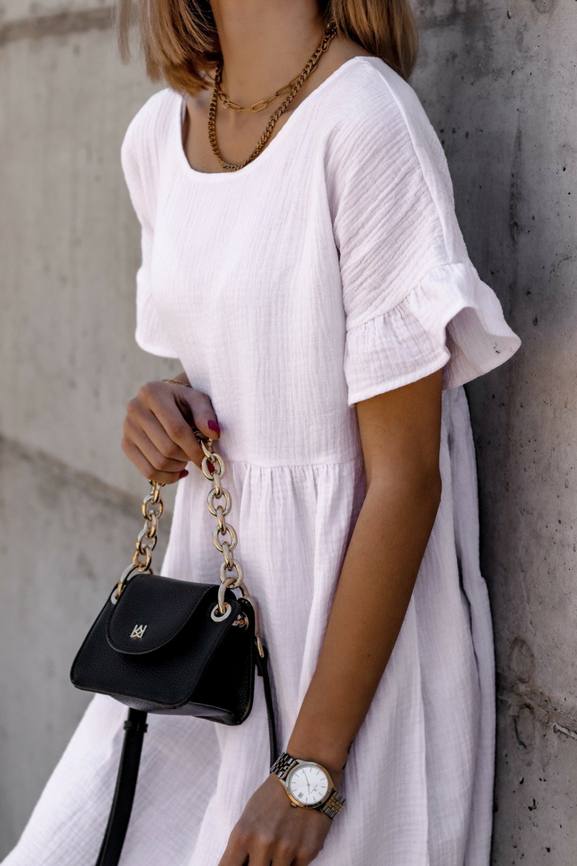 Biała muślinowa sukienka trapezowa z falbankami Lilou 3