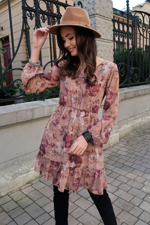Jasnoróżowa kwiatowa szyfonowa sukienka rozkloszowana z falbankami Louna 2