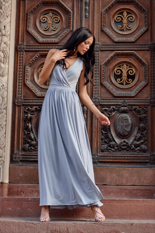 Jasnoniebieska brokatowa sukienka wieczorowa maxi Micheline 3