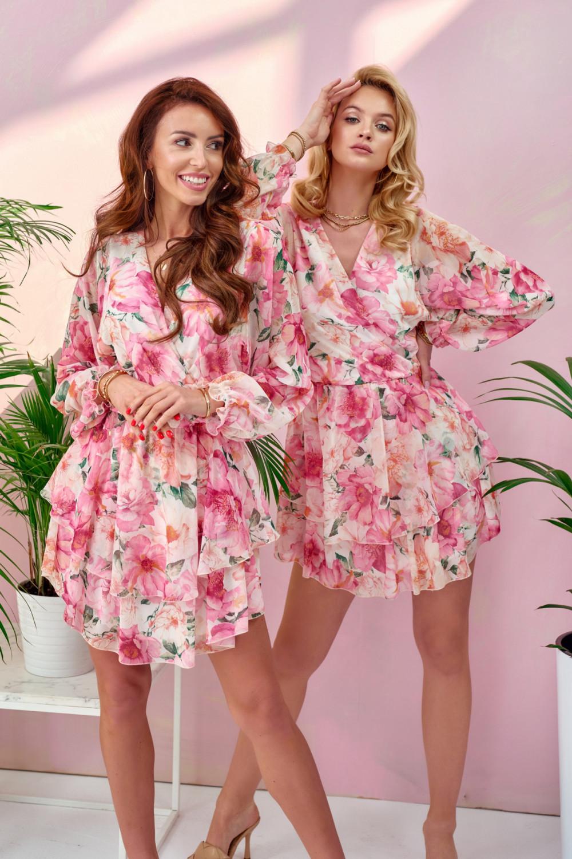 Różowa kwiatowa sukienka rozkloszowana V-Neck z falbankami Carole 1