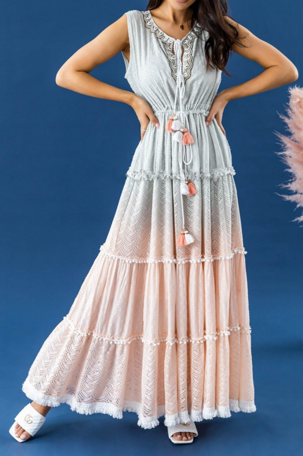 Miętowo-brzoskwiniowa sukienka ażurowa boho V-Neck maxi Martine 1