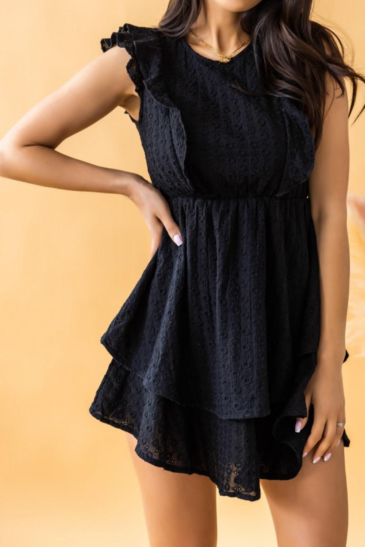 Czarna rozkloszowana sukienka ażurowa z falbanką Federica 1