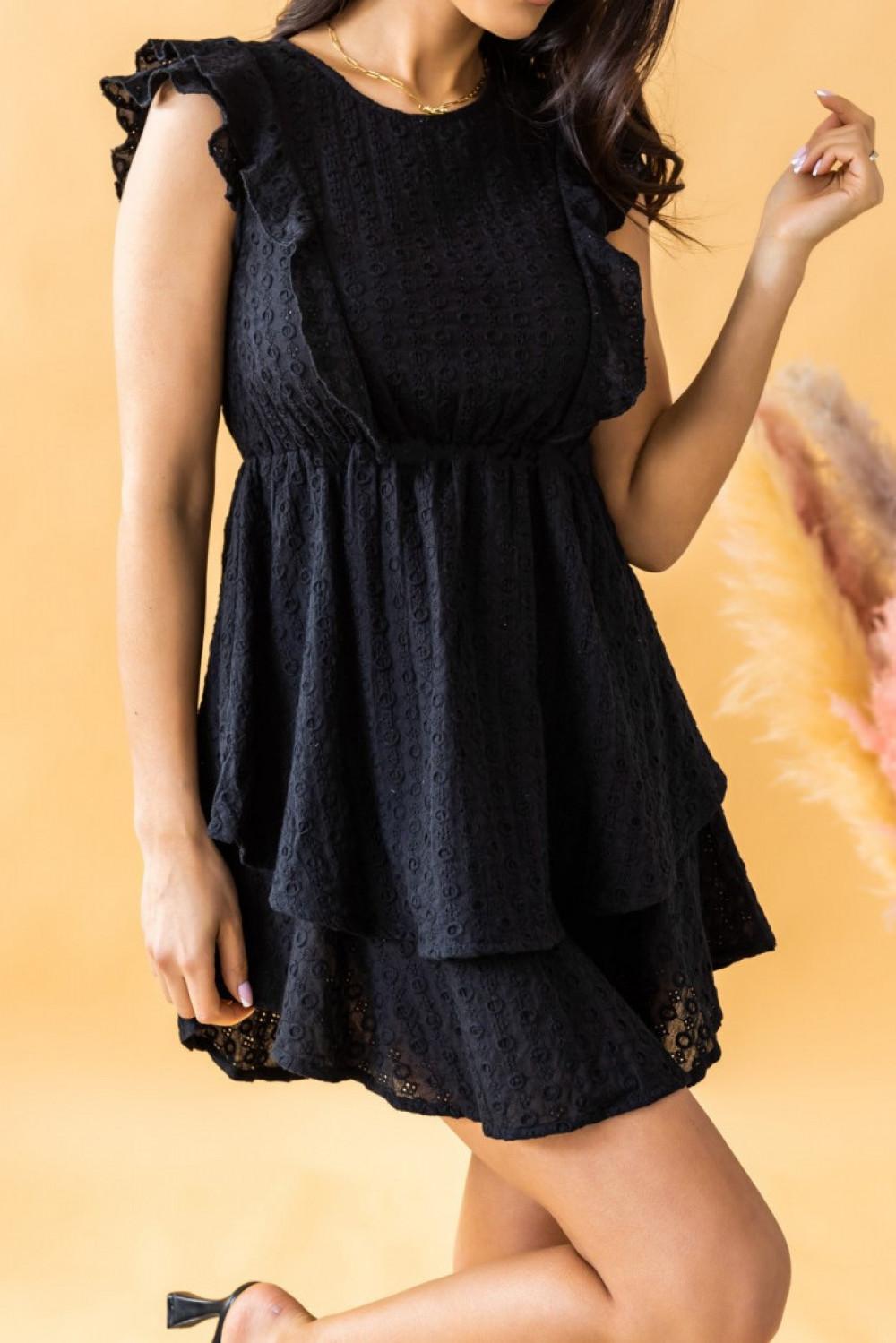Czarna rozkloszowana sukienka ażurowa z falbanką Federica 2