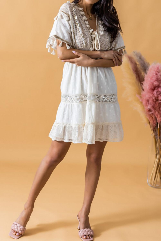Beżowa sukienka rozkloszowana boho z haftem Silvia 2