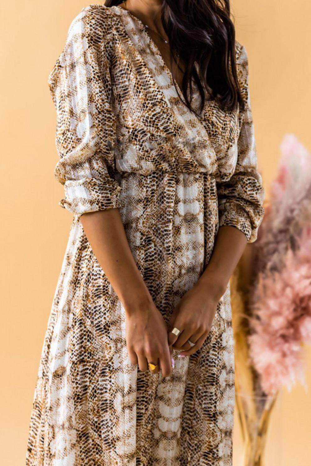 Złoto-beżowa sukienka wężowa z falbankami maxi Greta 3