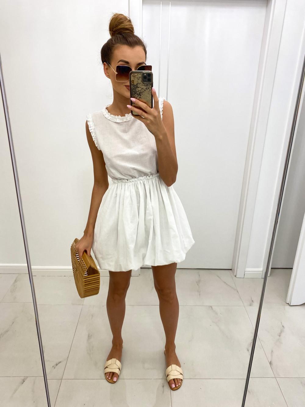 Biała rozkloszowana sukienka boho Alice 2