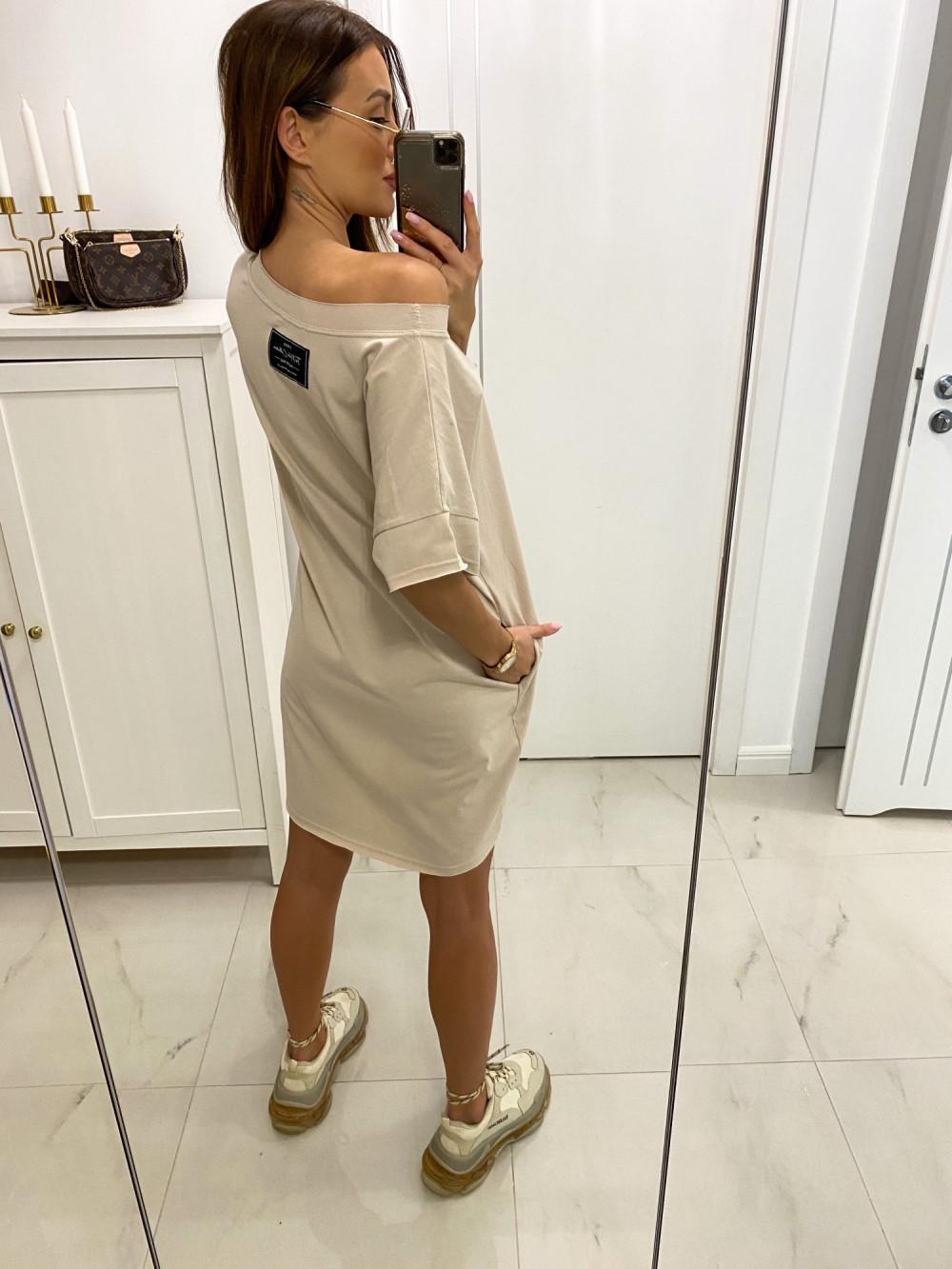 Beżowa klasyczna luźna sukienka Ornella 2