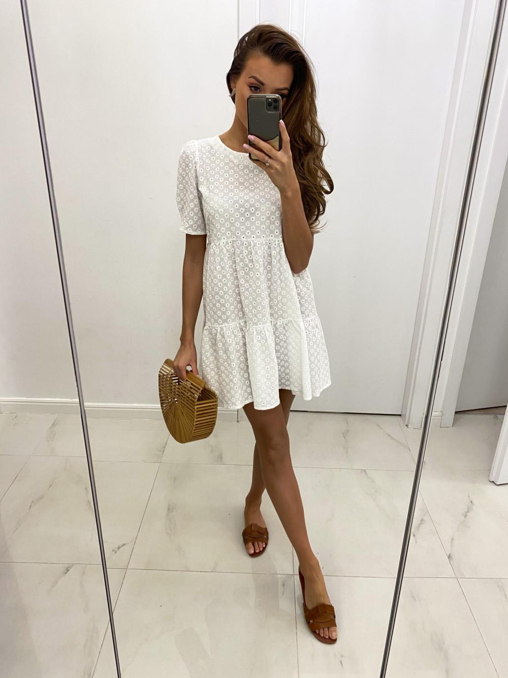 Biała ażurowa sukienka rozkloszowana z falbankami boho Sofia 2