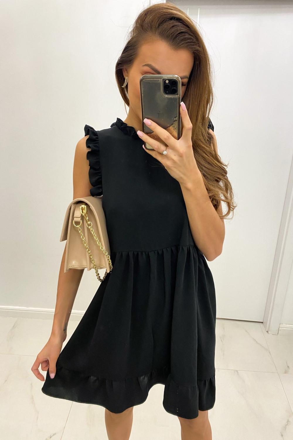 Czarna sukienka rozkloszowana z falbankami Tamara 1