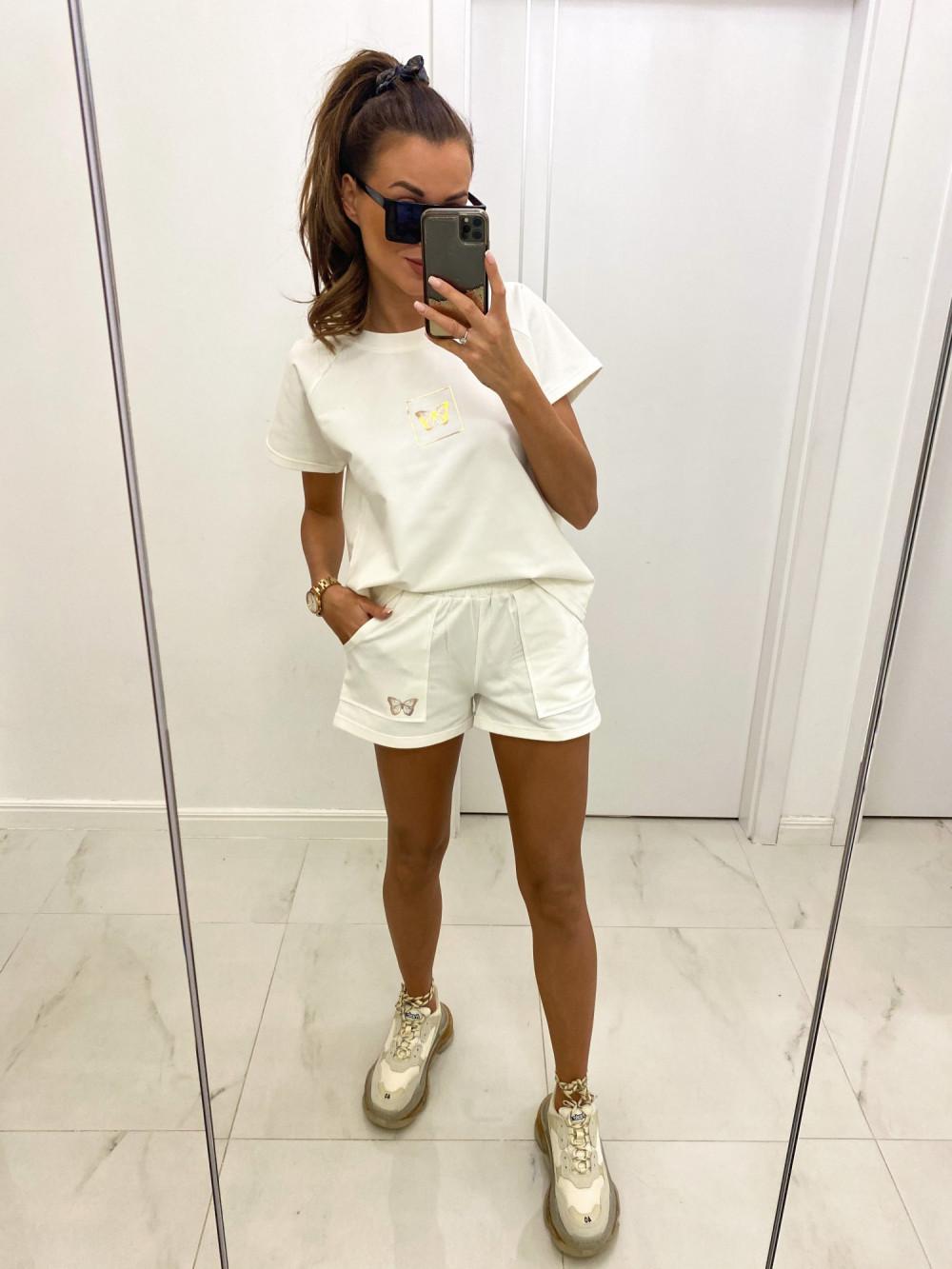 Biały komplet damski krótkie spodenki i bluzka Meggy 2