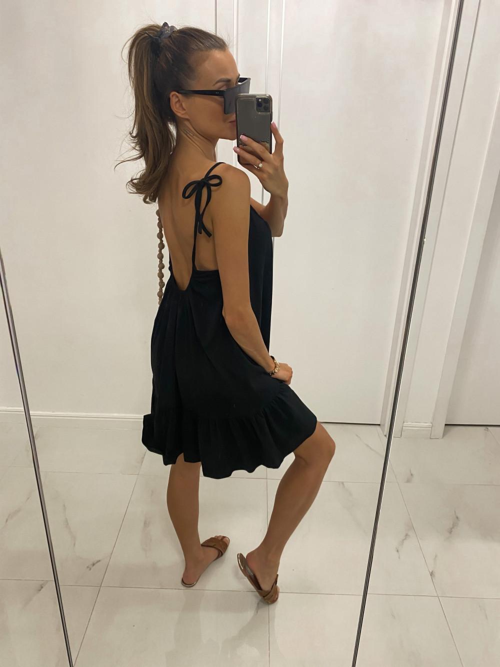 Czarna rozkloszowana sukienka na ramiączkach z falbanką Astride 2