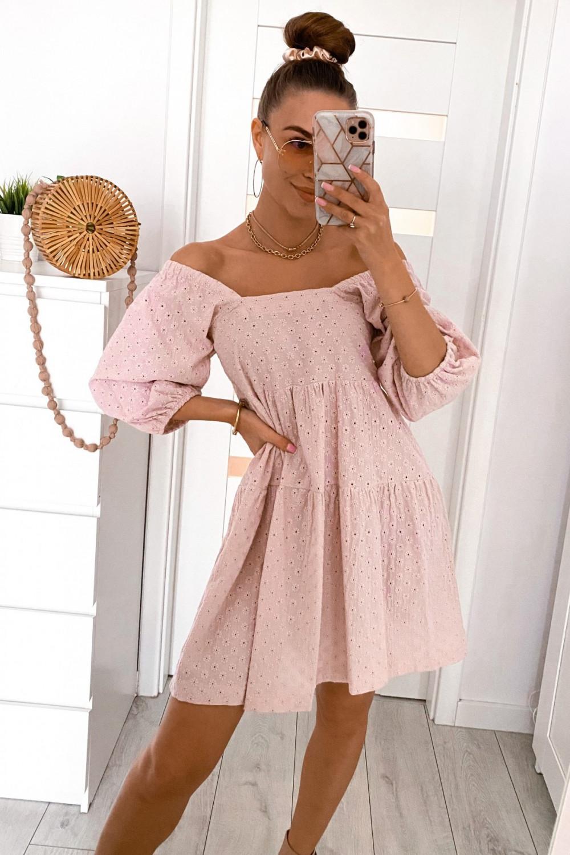 Pudrowo różowa ażurowa sukienka hiszpanka Juliana 1