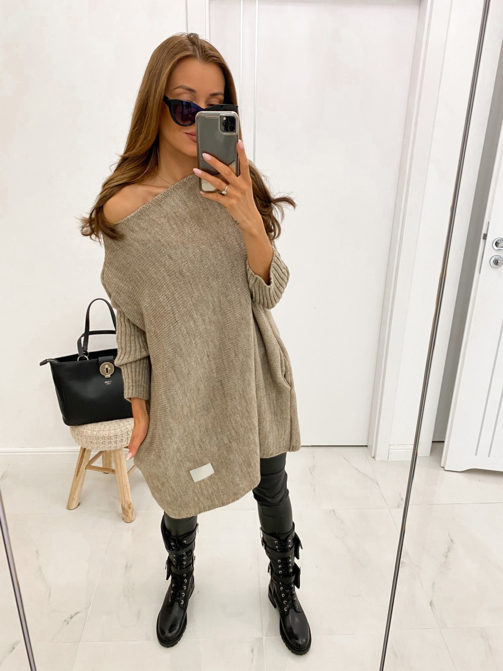 Brązowy sweter tunika Olivia 2