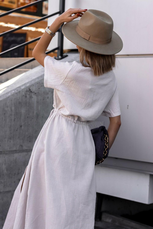 Beżowa muślinowa sukienka przekładana maxi Gabrielle 5