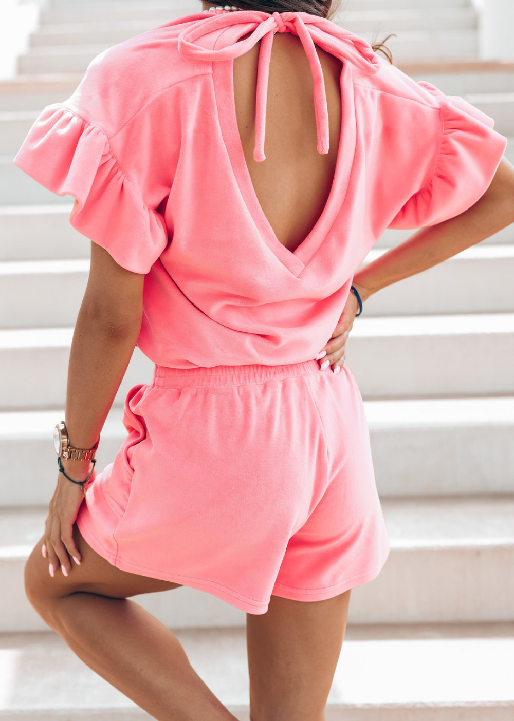 Różowy komplet damski z wiązaniem na plecach Sonya 3