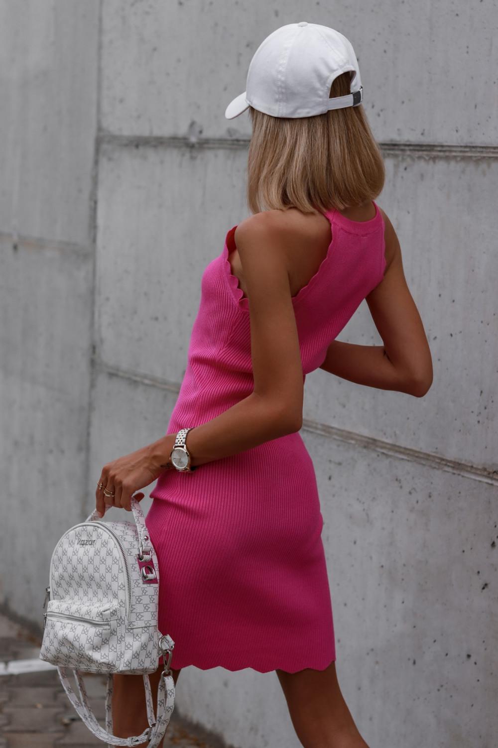Fuksjowa sukienka dopasowana bez rękawów Lorena 5