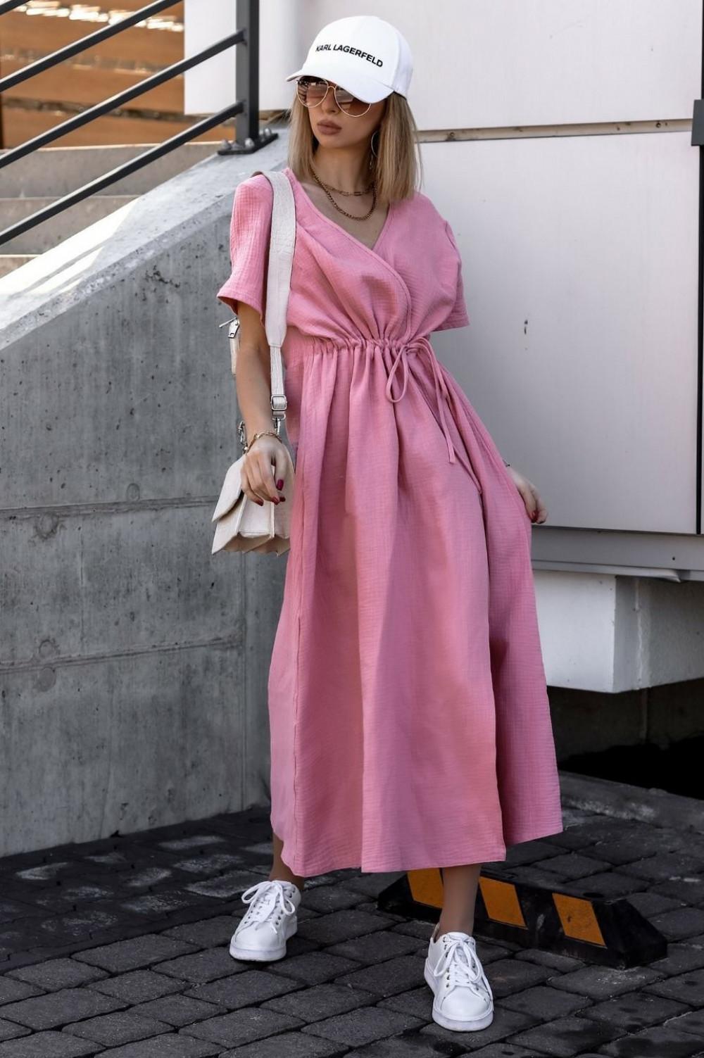 Różowa muślinowa sukienka przekładana maxi Gabrielle 2
