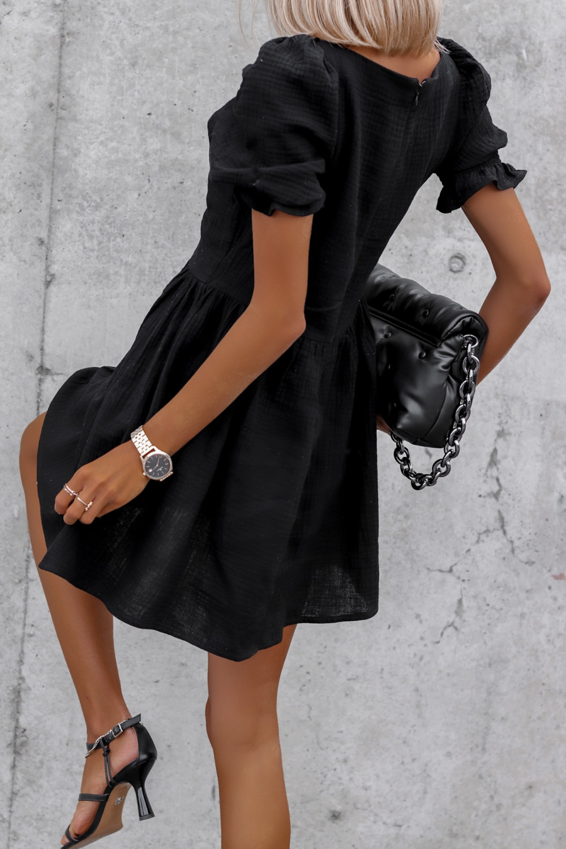 Czarna muślinowa sukienka rozkloszowana mini Shira 5