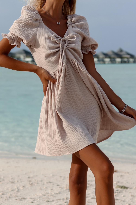 Beżowa muślinowa sukienka rozkloszowana mini Shira 1